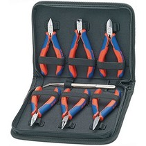 Set of electronics pliers