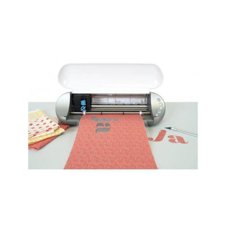 "Fusible Fabric Stabilizer (Roll, 12"" x 60"" = 30.4cm x 152.4cm) - Clean Cut"