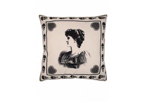 Antique skull cushion ǀ 65x65 ǀ Femme Nouveau