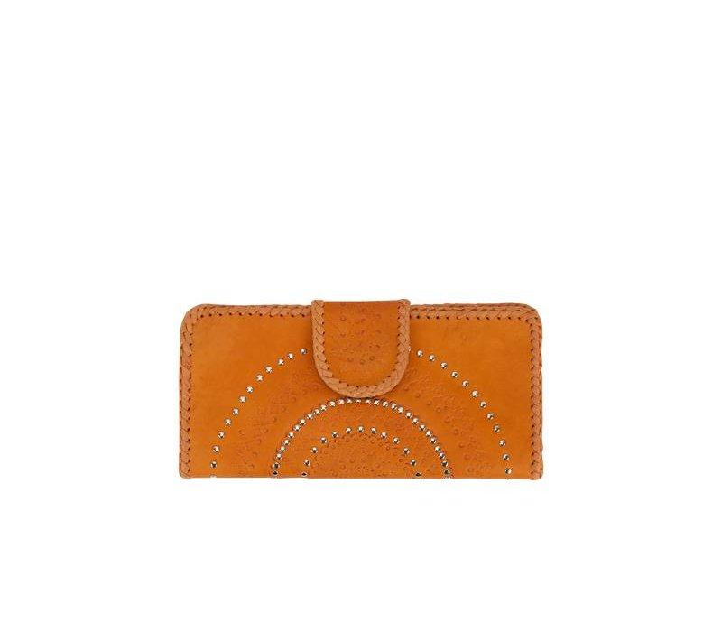 Tan Leather Clutch Lilou from Mahiya Leather