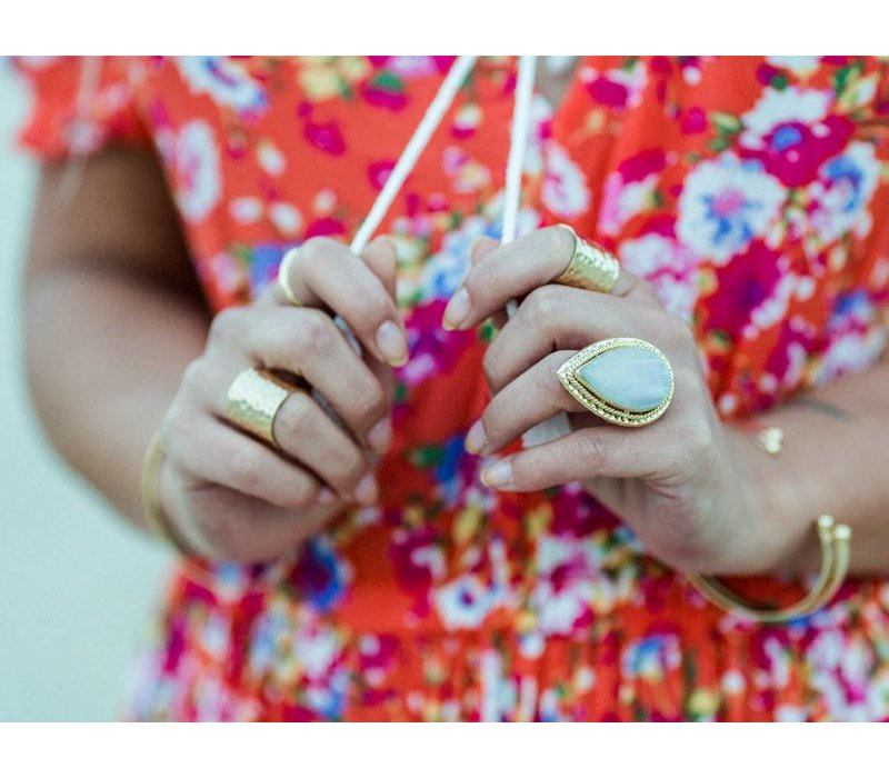 Gold Plated Ring Delilah | Rainbow Moonstone