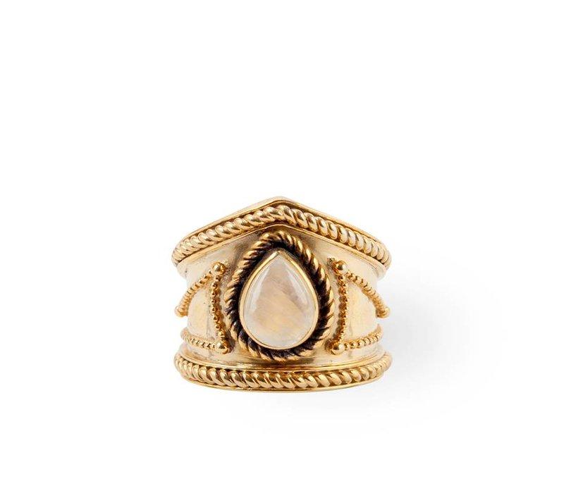Golden Ring Amalia | Rainbow Moonstone