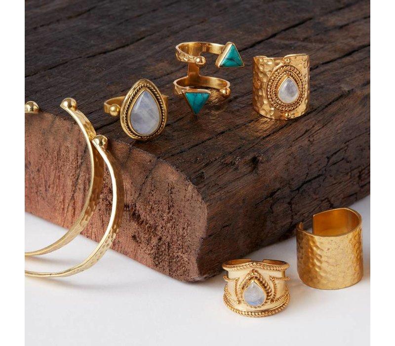 Unieke Gouden Ring met twee Turquoise Driehoeken