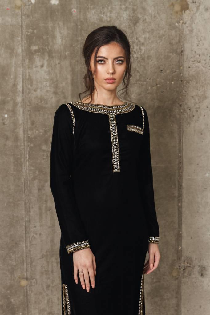 Keyara - Black Velvet dress