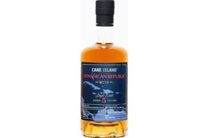 CANE ISLAND 5 YEARS SINGLE ESTATE DOMINICAN 43% 0.70 LTR