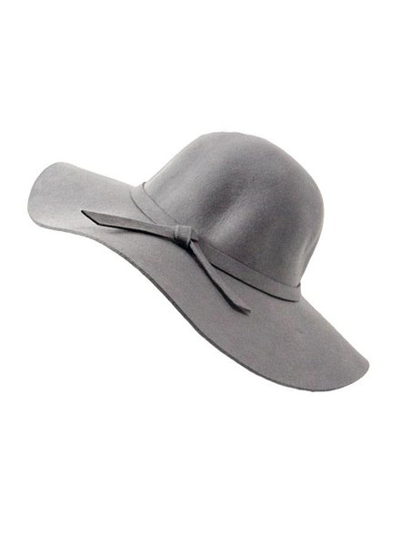 GREY FLAP HAT