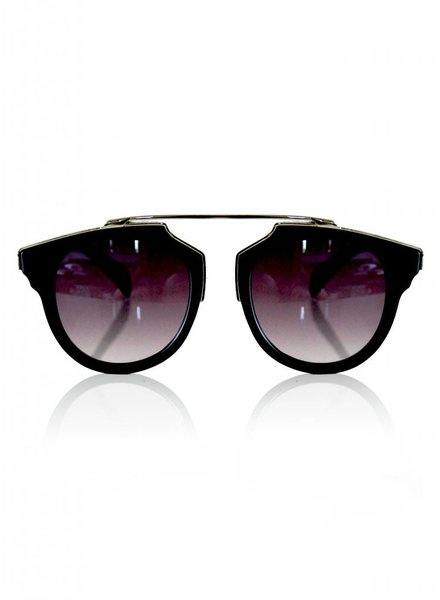 DEE DEE MIDNIGHT SUNNIES