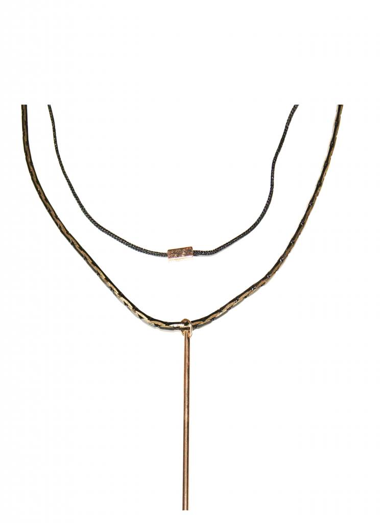 GOLDEN BAR FINE CHOKER