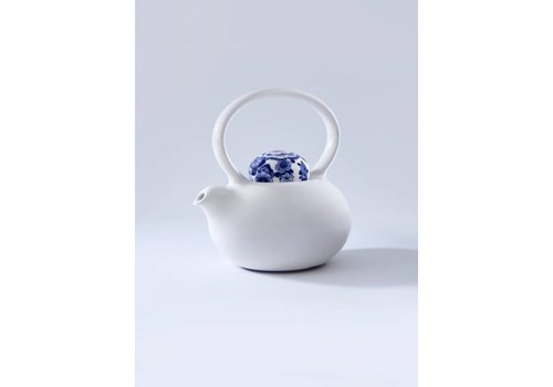 Royal Delft Blue D1653-Blue Belly Teapot