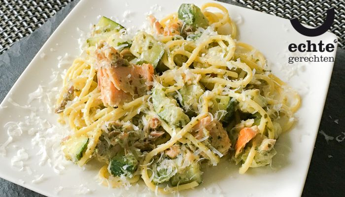 Razendsnelle pasta pesto met zalm