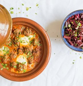 Gehaktballetjes in tomatensaus op zijn Marokkaans