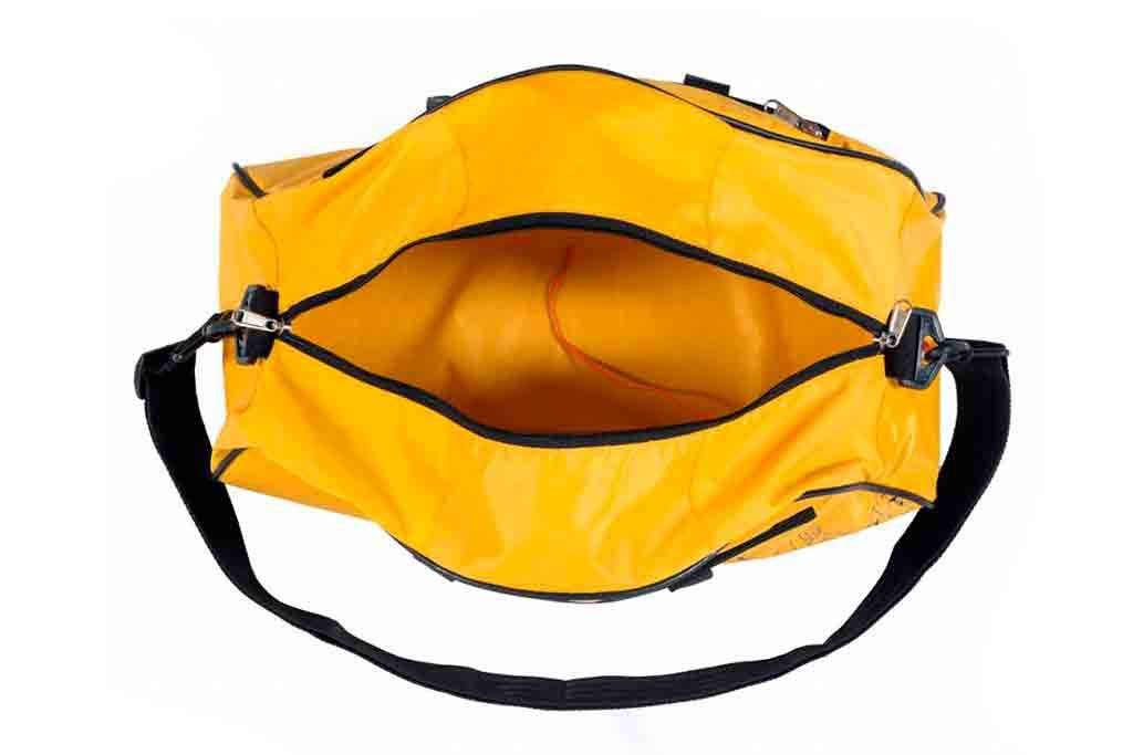 Used2b LIFE JACKET gym-y