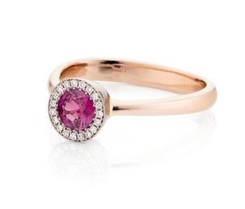 robijn met diamant ring
