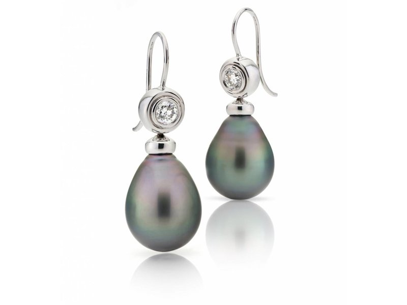 0,54 diamond and tahitian pearl earrings
