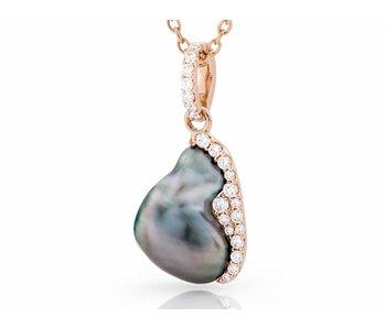 Tahitinan keashi pearl pendant