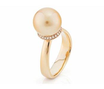 Gouden zuid zee parel en diamant driehoek ring