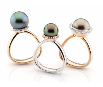 Pearl a trois ring blauwe parel