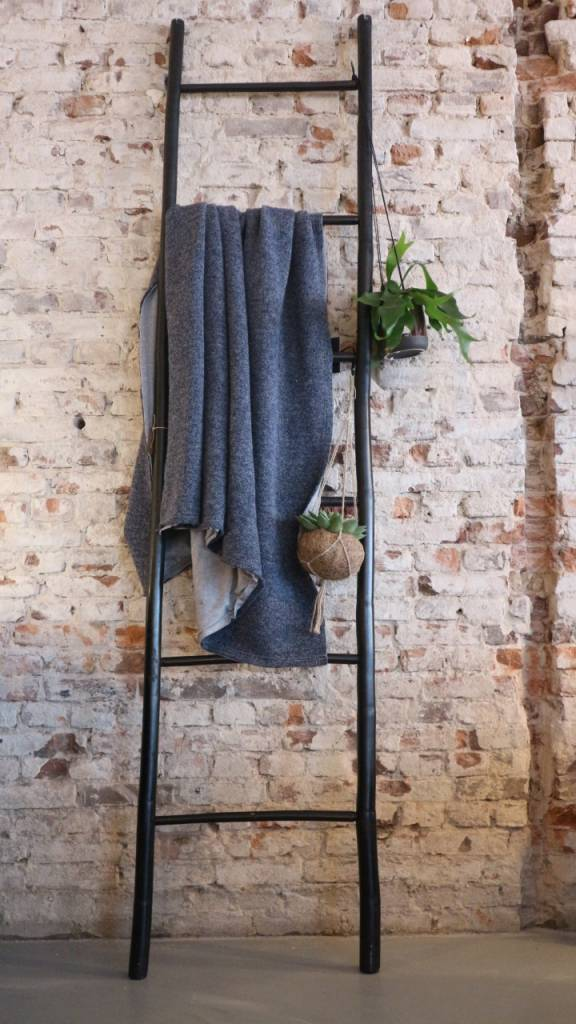 Deco ladder perfect the steel bookcase with ladder is for House doctor ladder