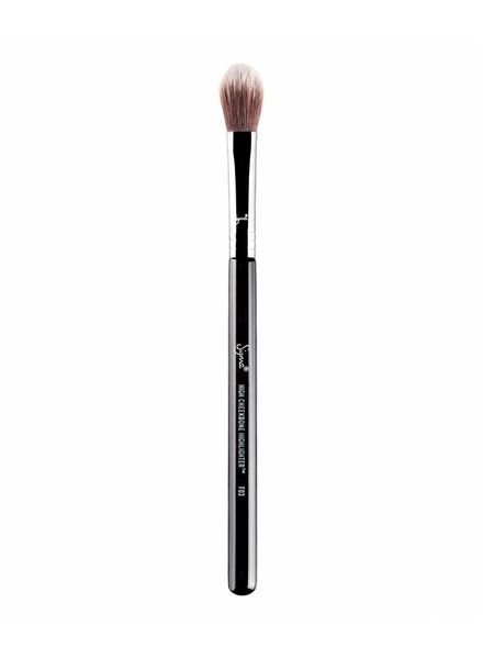 Sigma Beauty® Sigma Beauty® F03 High Cheekbone Highlighter