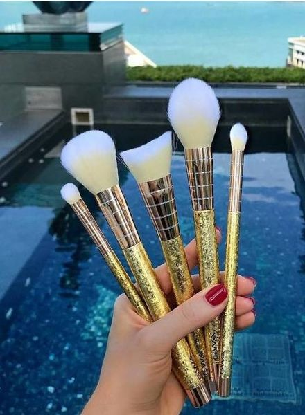 GWA Cosmetics GWA Luxe Metallics - 5pcs Makeup Brush Set