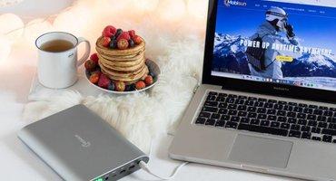 Je laptop opladen met een powerbank
