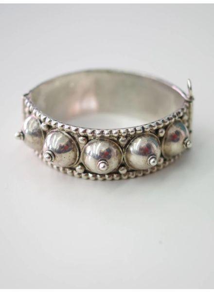Dana Scherer Jewelry GLOBES Armreif