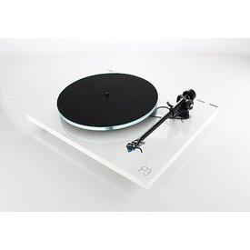 PLANAR 3 Plattenspieler mit ELYS2 Tonabnehmer
