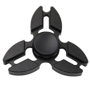 Stuff Certified ® Falcon Tri Fidget Hand Spinner Anti Stress Draaier Toy Zwart