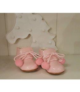 Shoe pompom