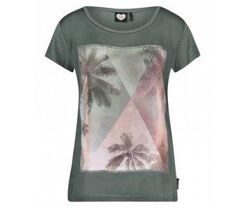 Catwalk Junkie T-shirt palm sky groen 1802010284