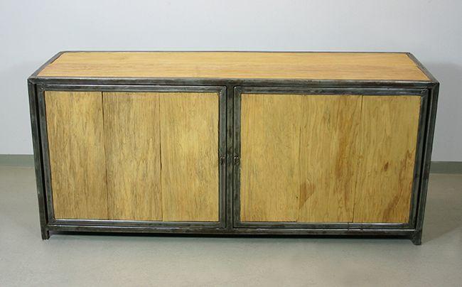 sideboard aus recyceltem metall und frak holz aus afrika. Black Bedroom Furniture Sets. Home Design Ideas