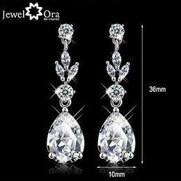 Oorbellen drop silvertone, witte zirkonia kristallen