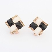 Elegant rhinestone cluster stud earrings sweet - black and white