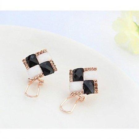 Elegante strass cluster oorknopjes sweet zwart wit