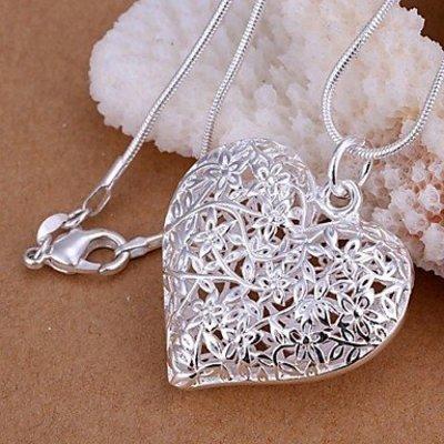 Zilveren halsketting met hartje