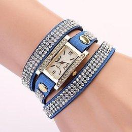 Rechthoekige dames horloge met bergkristalle