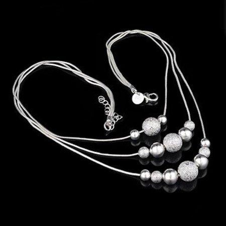 Sieraden set met schitterende gelaagde ketting druppel oorbellen