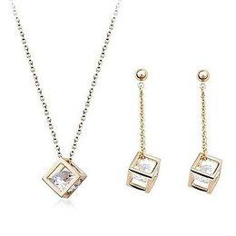 Trendy sieraden set in goud kleur met  kubiek zirkonia