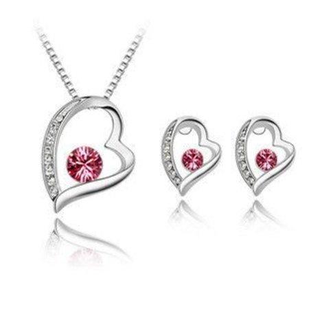Ketting met hangertje oorbellen in hart vorm roze kristal hart zilver kleur