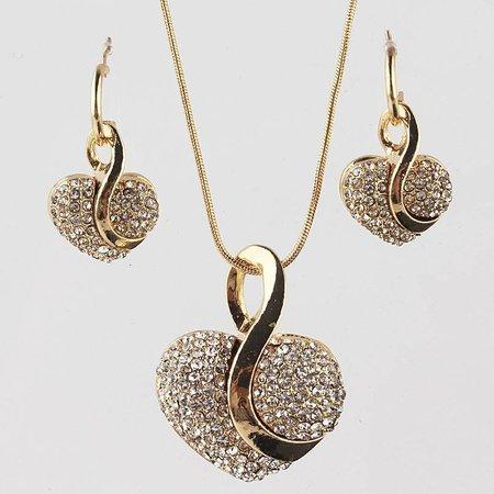 Sieraden set van oorbellen een ketting met hangertjes kristalen