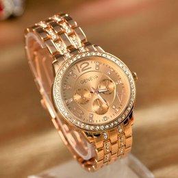 Trendy dames horloge model jurk in rosé gold met kristalen