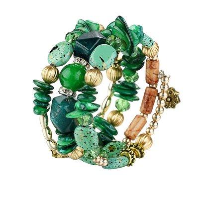Bohemien armbanden met groene stenen en kralen