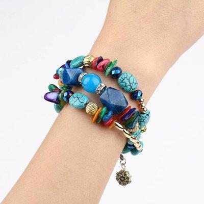 Bohemien armbanden met Turquoise blauw rode stenen en kralen