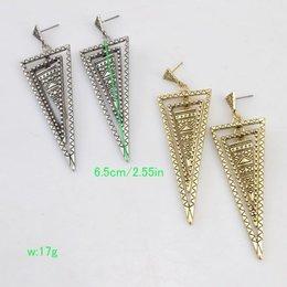 Vintage chic omgekeerde driehoek patroon oorbellen