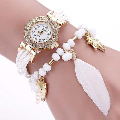 Leuke horloge dubbele armband veer met kralen witte kleur