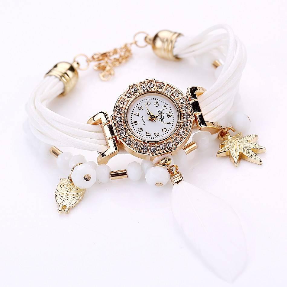 leuk wit horloge
