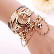 Dubbele armband horloge beige met fleurige kleuren