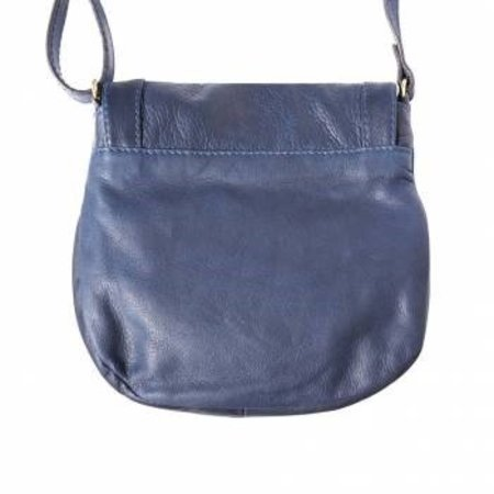 Donker blauwe kleur zachte kalfsleer schoudertas met rits en magneetslot