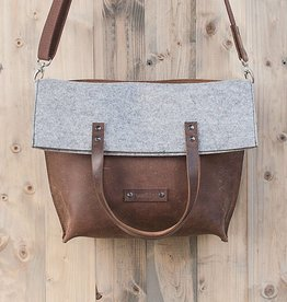 Charakterstück – brown leather & felt, crossbody bag messenger bag