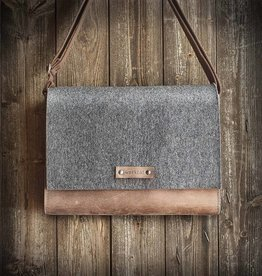 werktat Werksbote Max the wide in brown, messenger bag, felt and leather